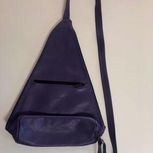 Handbags - Leather sling bag